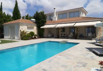 4 Bedroom Detached Villa in Kissonerga, Paphos