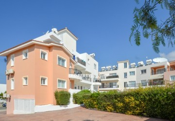 Apartment For Sale  in  Kato Paphos - Universal