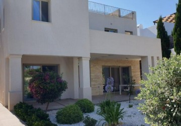 3 Bedroom Detached Villa in Chlorakas, Paphos