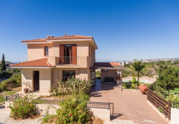 3 Bedroom Detached Villa in Konia, Paphos