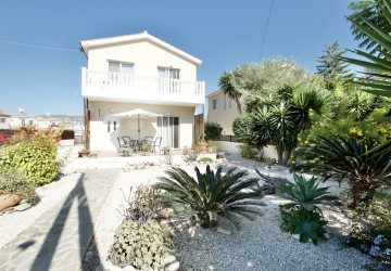 3 Bedroom Detached Villa in Kissonerga, Paphos