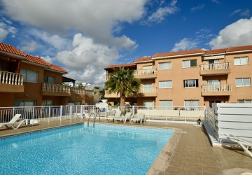 1 Bedroom Ground Floor Apartment  in Kato Paphos - Universal, Paphos