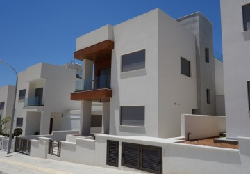 3 Bedroom Detached Villa in Yermasoyia, Limassol
