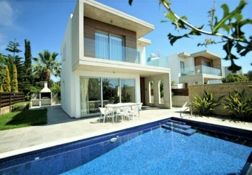 3 Bedroom Detached Villa in Peyia - Coral Bay, Paphos