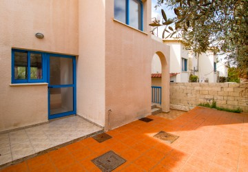 Town House For Rent  in  Chlorakas