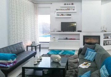 Bungalow For Rent  in  Kallepeia