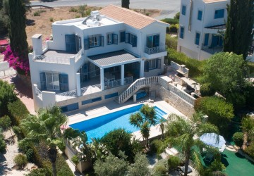 Detached Villa in Latchi, Paphos
