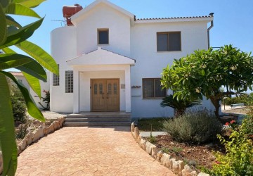3 Bedroom Detached Villa in Peyia - St. George, Paphos