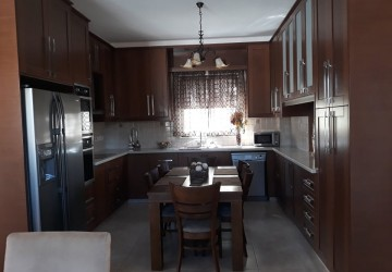 Detached Villa For Rent  in  Tsada