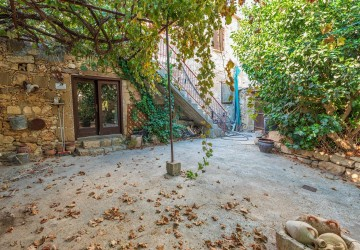 Stone House For Sale  in  Neo Chorio