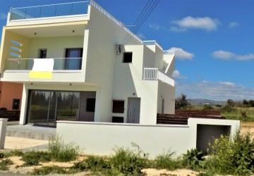4 Bedroom Detached Villa in Kouklia, Paphos