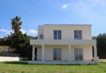 Detached Villa For Sale  in  Argaka
