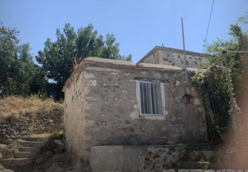 1 Bedroom Traditional House in Argaka, Paphos