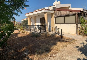 3 Bedroom Bungalow in Kouklia, Paphos