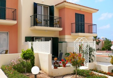 2 Bedroom Town House in Peyia, Paphos